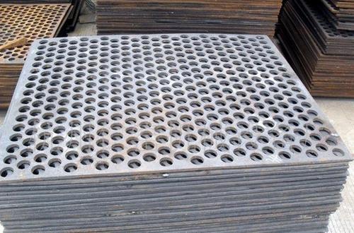 重庆冲孔网厂家如何对冲孔网表面进行处理